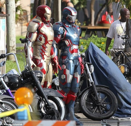 Iron Patriot armour in full glory , which is said to be an upgraded version of (Don Cheadle) James Rhodes' War Machine suit,  released by The Daily Mail